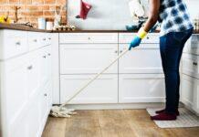Det slösas i hemmet – Skosnören ett av många exempel